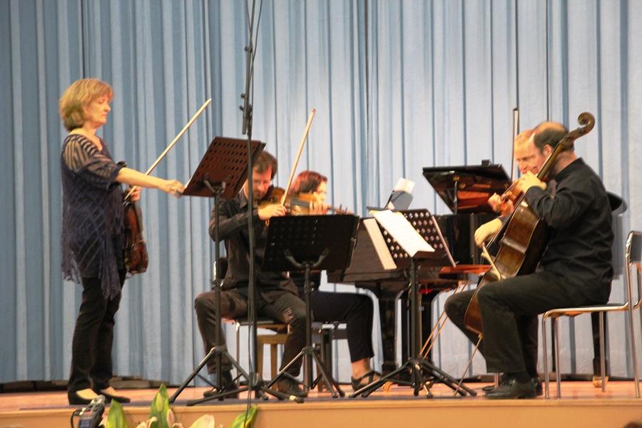 Members of ALEA Ensemble